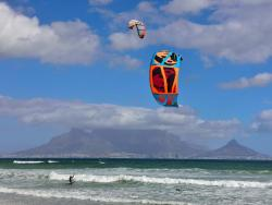 NEW South Africa Windsurf Kitesurf Holidays